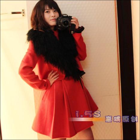 橘红色羊绒大衣搭配图片