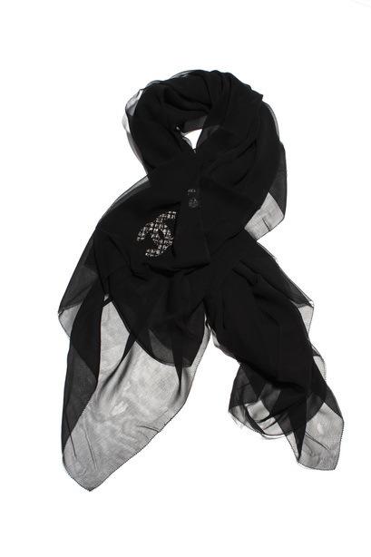 黑色羊毛大衣围巾搭配图片