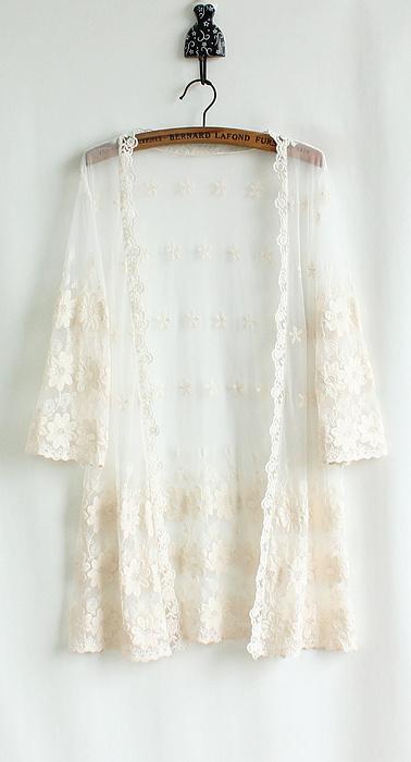 米白色长款开衫搭配图片