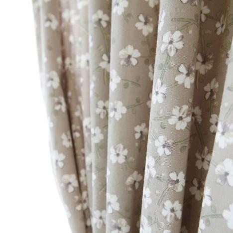 窗帘下面加花边图片
