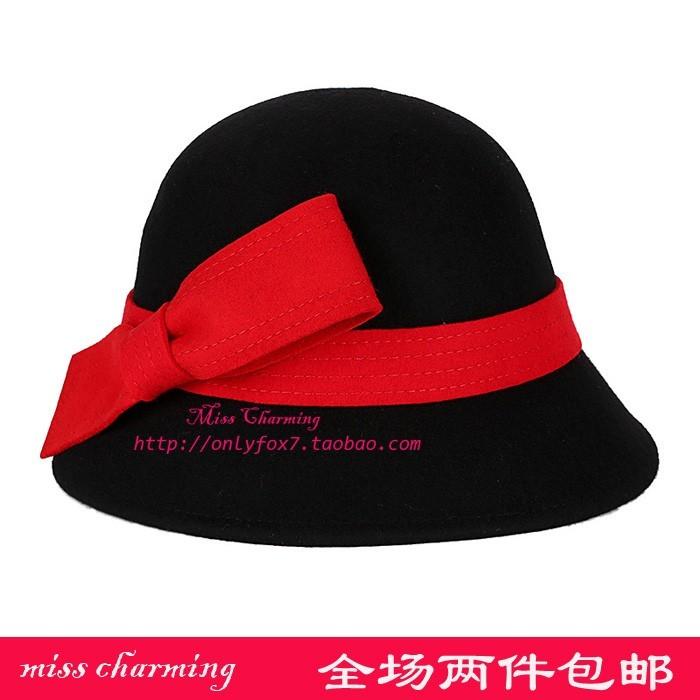 酒红色小礼帽搭配图片