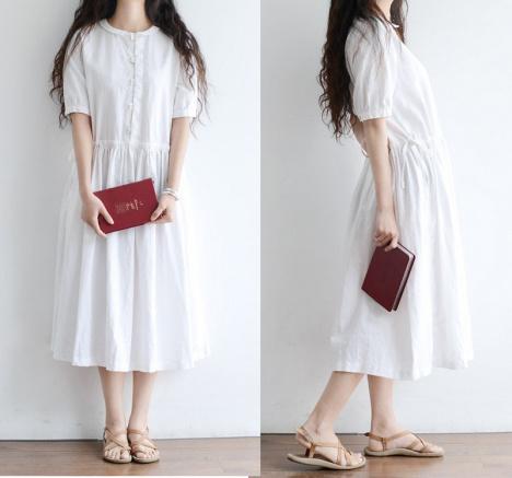 白色棉麻连衣长裙搭配图片