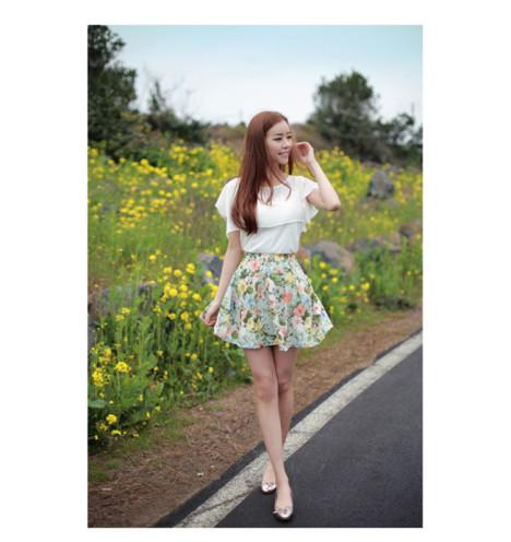 碎花个性半身裙搭配图片
