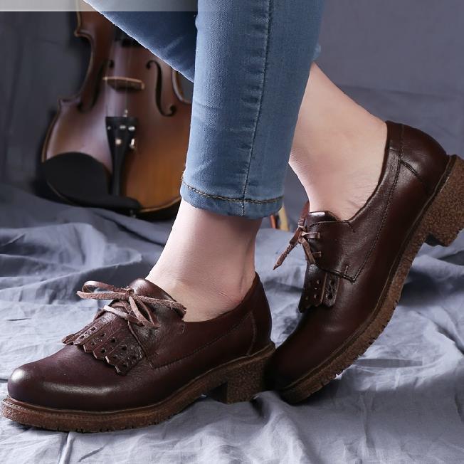 英伦流苏皮鞋女搭配图片