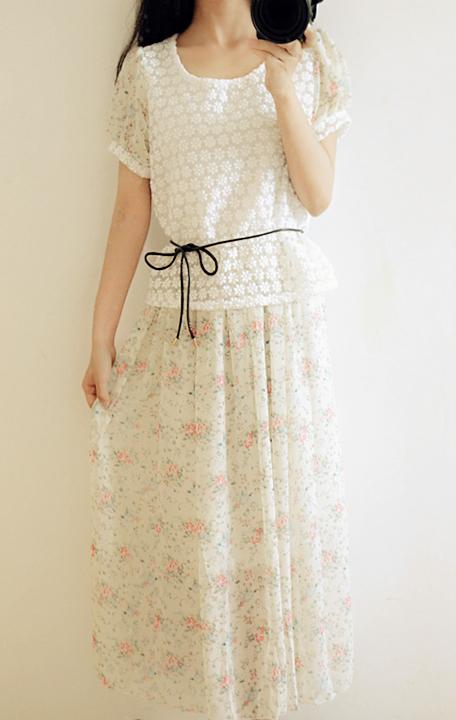 【碎花拼接刺绣花朵假两件连衣裙】-衣服-连衣裙