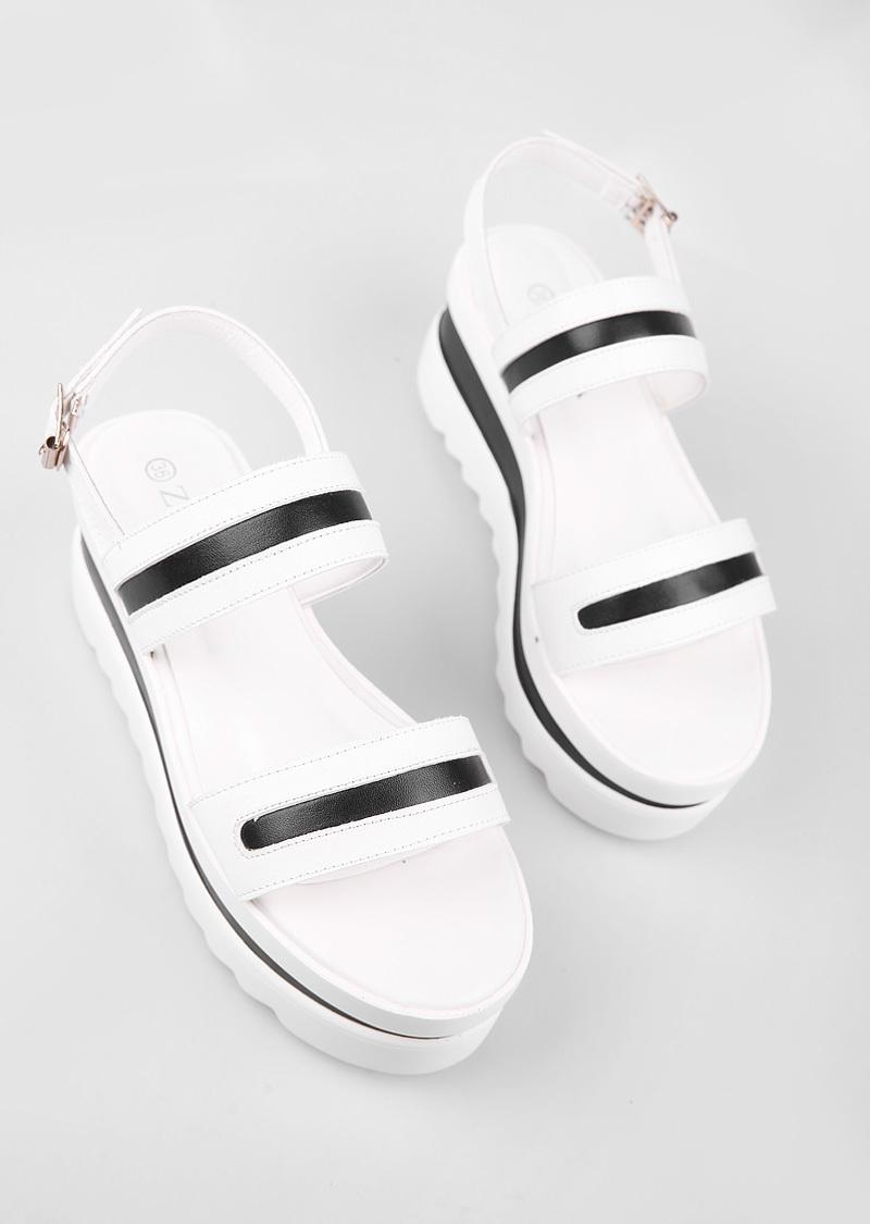 【zara】 厚底坡跟凉鞋