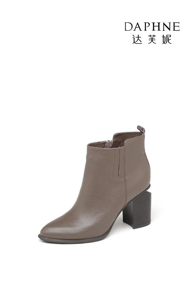 达芙妮秋冬短靴尖头英伦风粗高跟切尔西短靴女1016605027-129图片