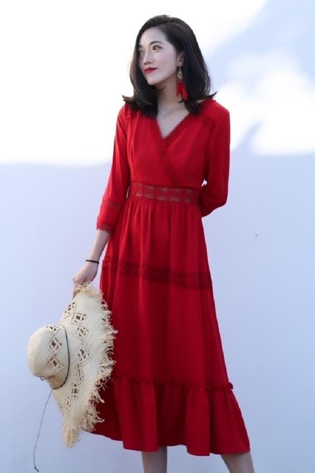 2019夏季新款泰国旅游海南三亚沙滩裙女装海边度假波西米亚长裙复古蕾