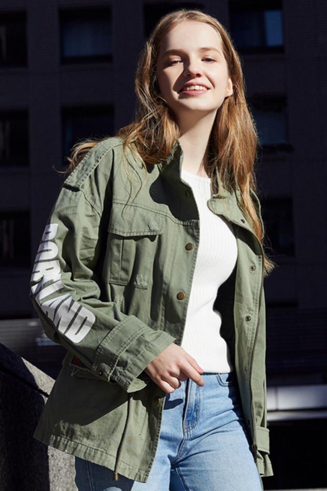 森马风衣外套女2019春季新款英伦风短款宽松立领bf风贴布绣潮时尚图片