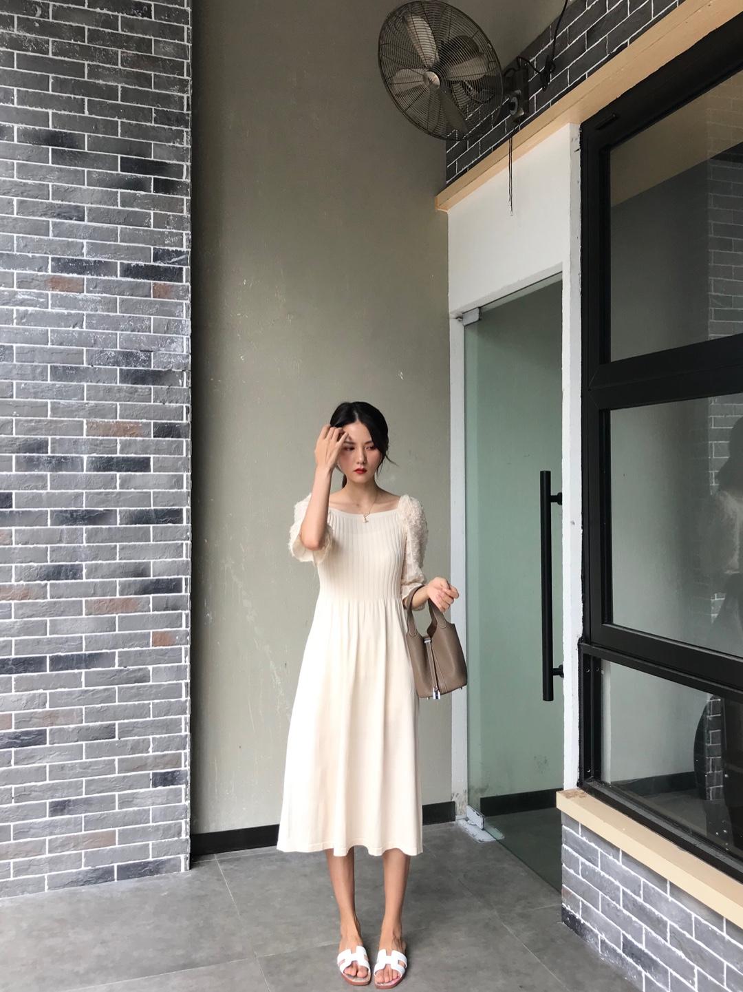 #情人节逆袭大变身!秒脱单!#温柔爆表的连衣裙,袖子很有设计感哦