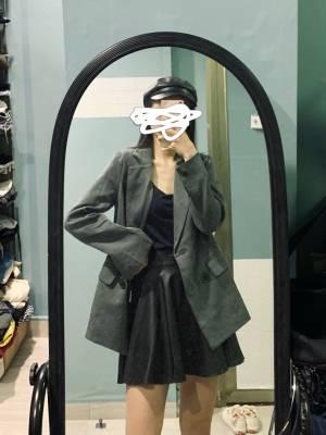 这个价格真的偷着乐啦~露露出的东西性价比也是超级棒哦!!!!衣服会稍微偏小哦~喜欢宽大点的要拍大~ #LuLu_林粉丝晒单#