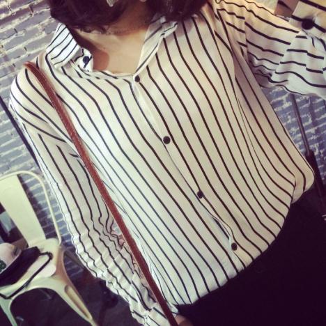 【春季韩国东大门时尚黑白条纹长袖】--蔡婷虹是冷