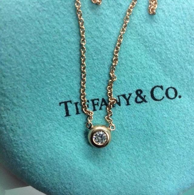 tiffany 圆形钻石闪烁的