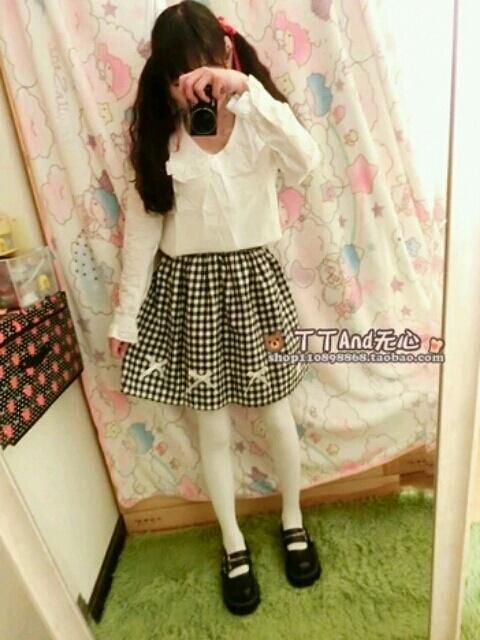 黑白格子短裙带蝴蝶结小可爱最爱