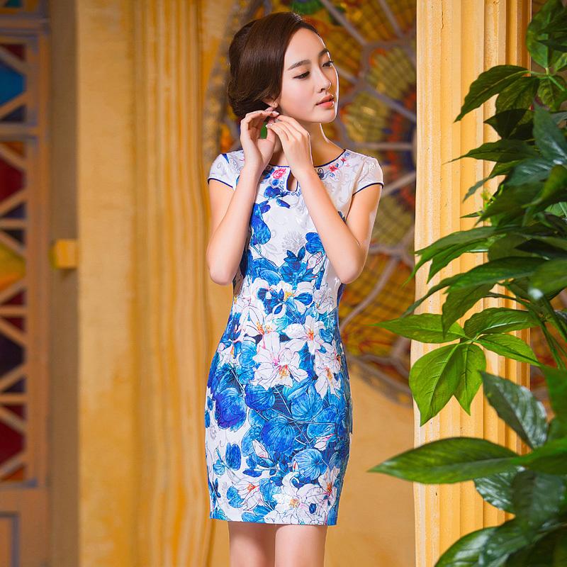 改良中国风短袖低领旗袍裙