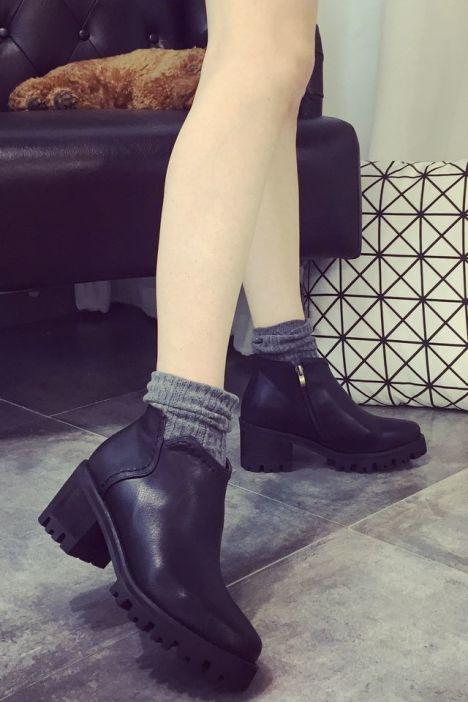 【【棉花糖】欧美范百搭圆头防水台中跟短靴】-鞋子