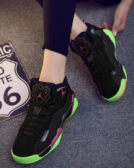 无类目 运动户外 运动鞋 篮球鞋 女 突破勇往直前 蘑菇街优店