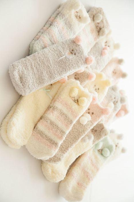 【【3双装】暖色系可爱珊瑚绒立体袜子】-内衣-女士