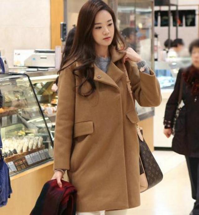 【韩版宽松驼色女款毛呢大衣】-衣服-毛呢外套