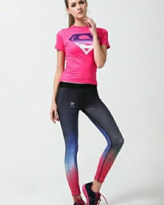 运动紧身裤女跑步搭配