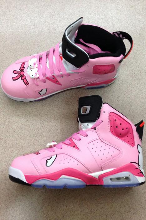 手绘粉色凯蒂猫高帮运动鞋