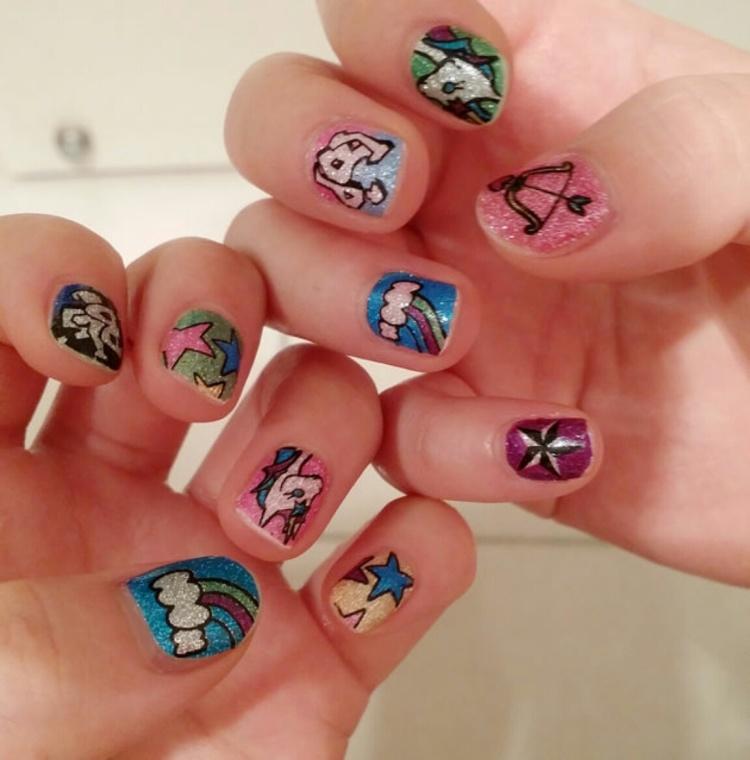 【【满15包邮】可爱潮流动物彩色假指甲贴纸/美甲贴