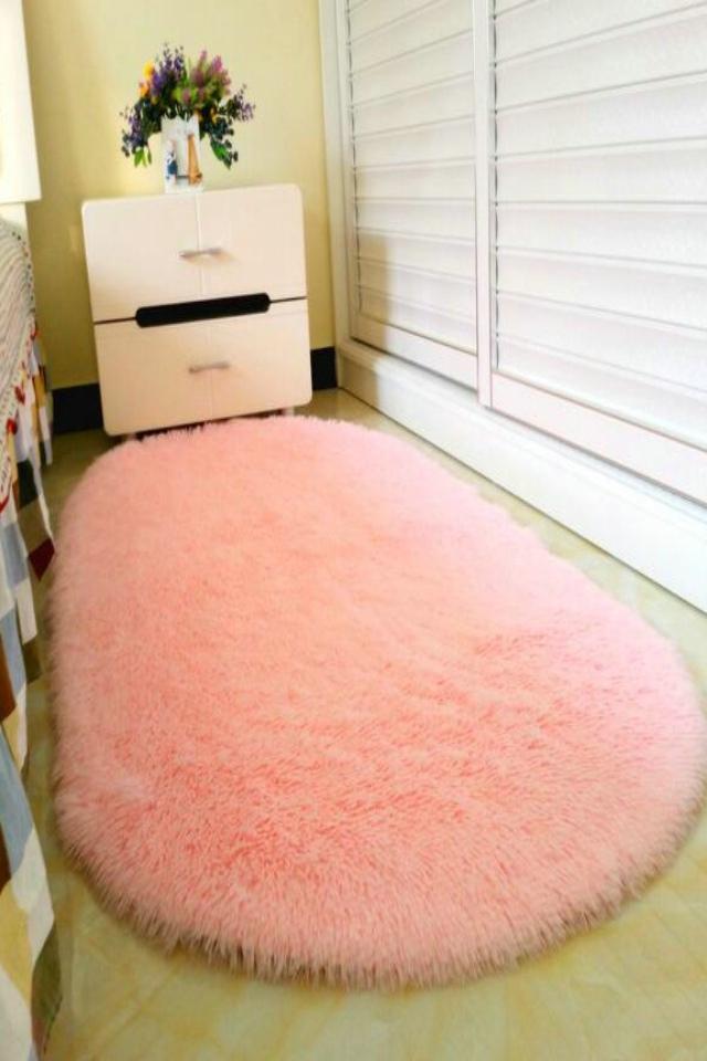包邮椭圆形可爱公主风长毛绒纯色欧式卧室床边床前满铺防滑儿童地毯