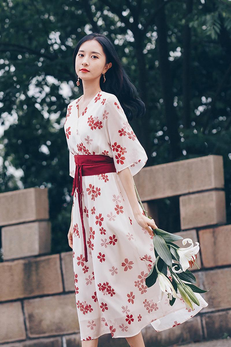 汉服改良版学生收腰中国风小个子碎花雪纺连衣裙女夏季气质裙子
