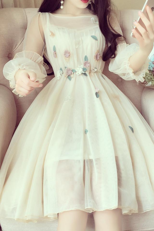 韩版小清新甜美仙女网纱裙立体花朵收腰灯笼袖蓬蓬公主连衣裙小礼服