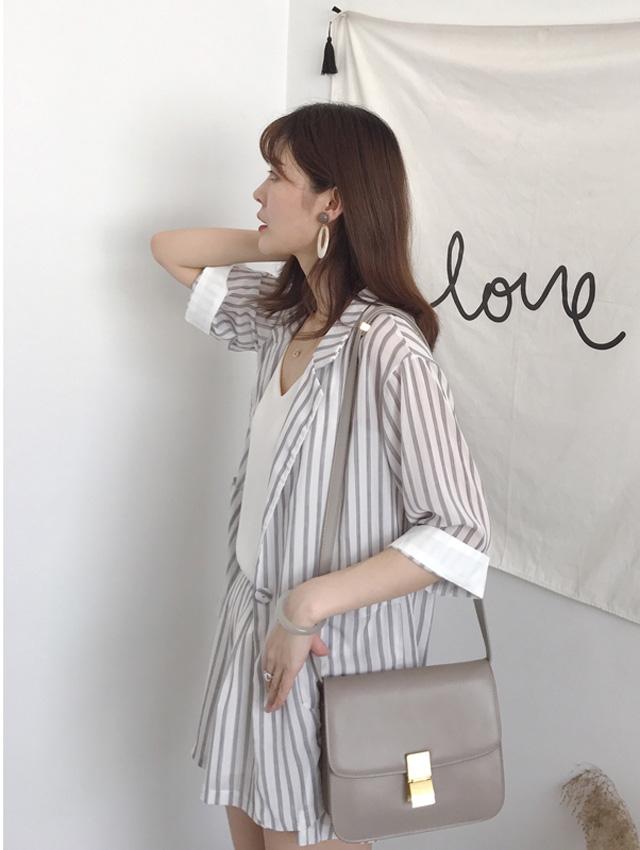 White Stripes (coats + shorts)