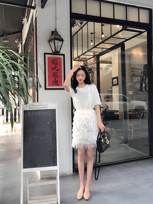 #雪纺薄纱,给你无限温柔# 仙女就要穿仙女裙! 超级仙的套装 白色为主 什么肤色都能hold住 美死啦 羽毛裙子 真的真的是很仙啦!