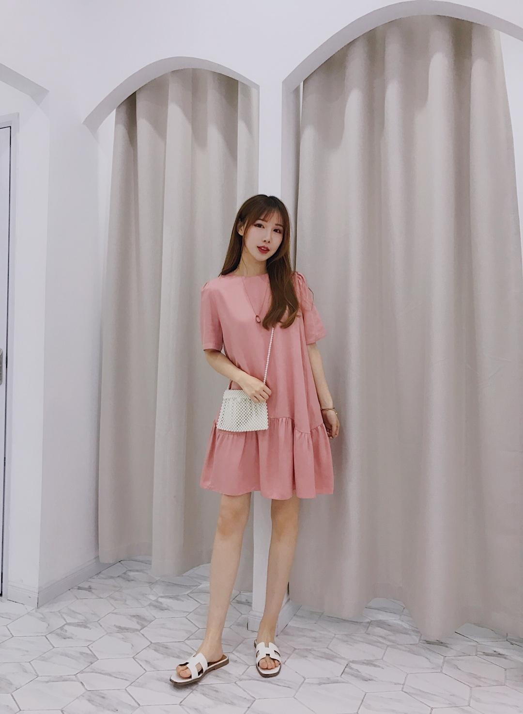 粉粉嫩嫩的樱花色,加上娃娃裙设计,这套不减龄还有啥衣服减龄?(^з^)-☆娃娃裙又是最遮肉的款式,完全不用担心身材问题! #平成年最后的樱花色,我要穿上身#
