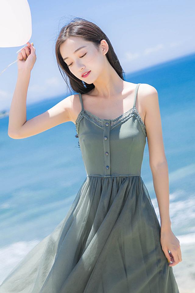 法式复古吊带蕾丝拼接高腰修身连衣裙超仙的网纱拼接仙女裙夏季女