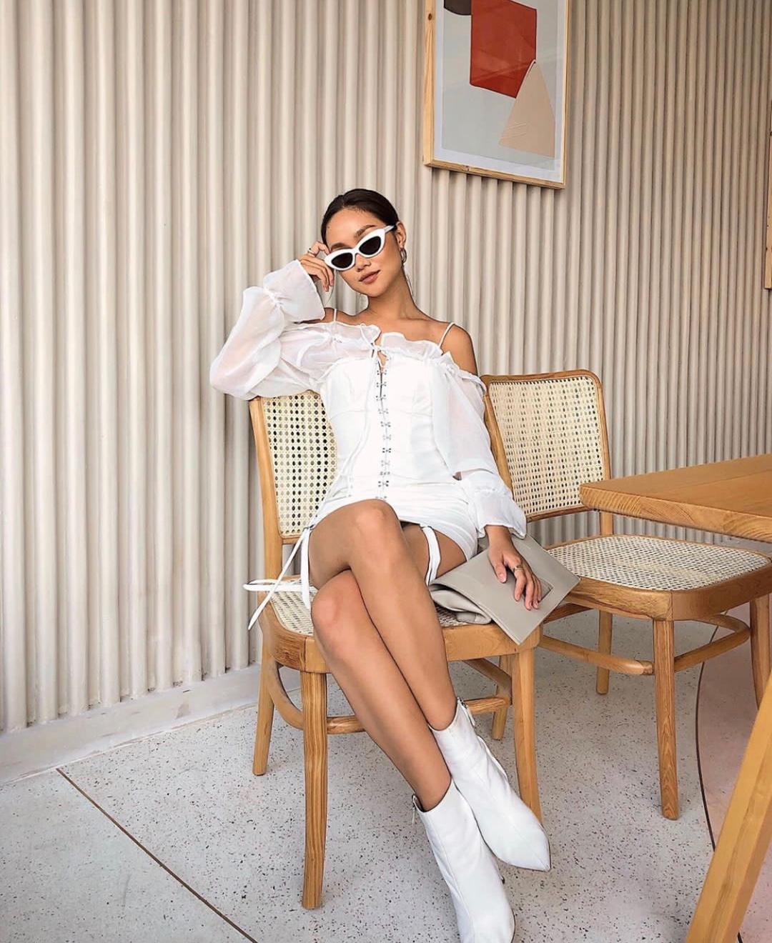 超美一字领小连衣裙look打卡,既仙气十足又迷人可爱 #夏日超美设计师鞋包品牌5.16上新#