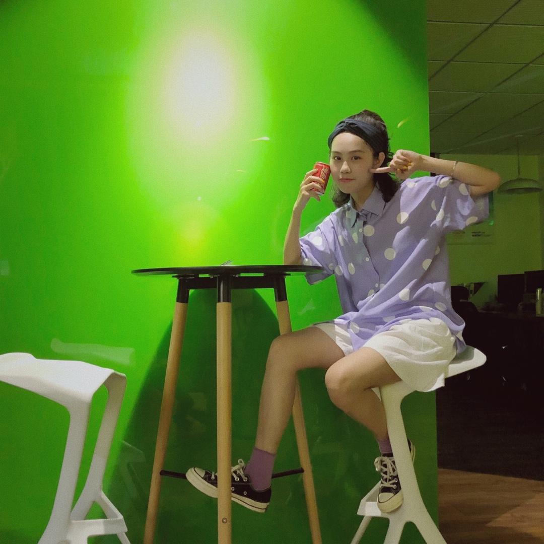 香芋波点紫色衬衫超上镜!还显白!#韩系小姐姐这样穿不出错#