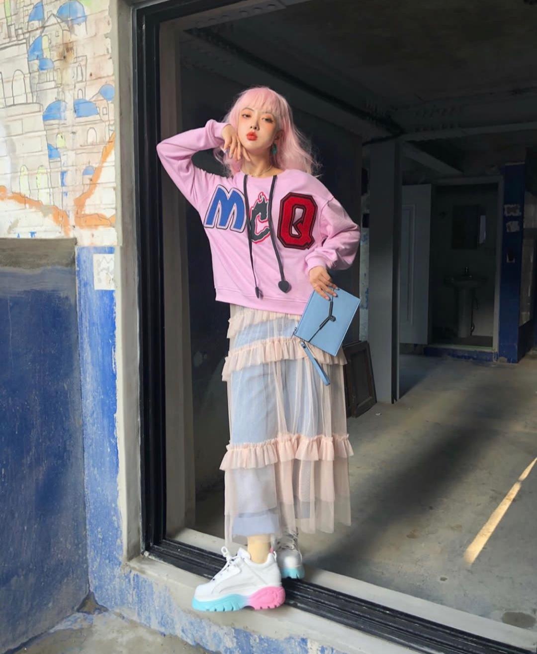 #夏日甜系斩男风品牌5.24上新# 敢于挑战色彩彰显个性,色彩搭配的好文艺感瞬间up up !
