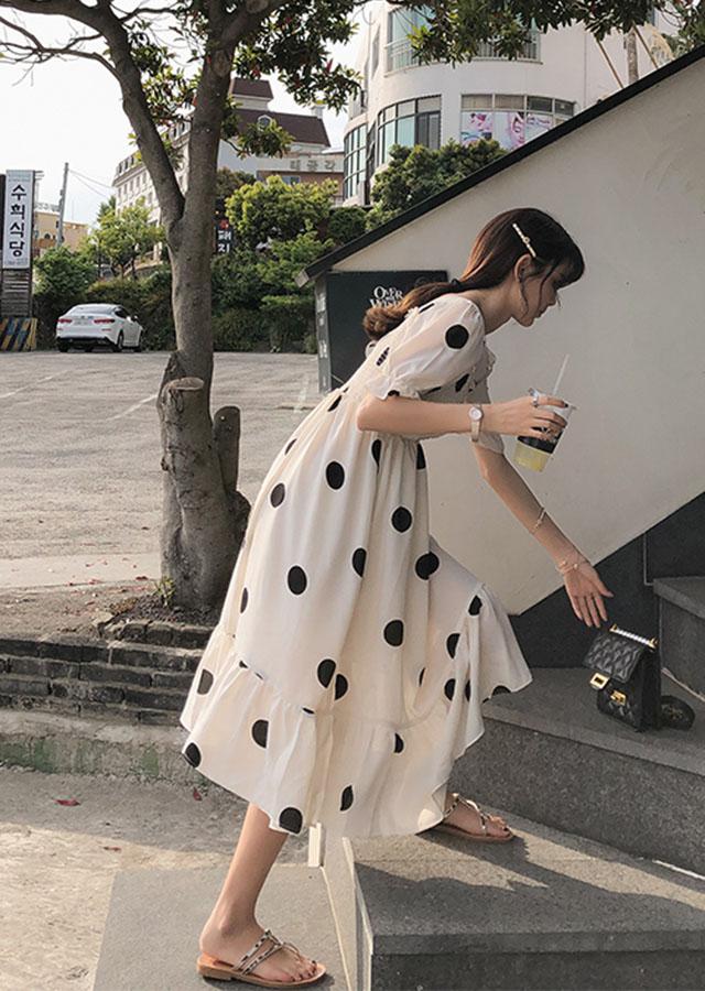 法式波点仙女裙2019夏季新款高腰显瘦大裙摆荷叶边甜美连衣裙