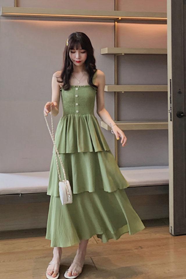 牛油果绿连衣裙女2019夏流行女装温柔绿色仙女裙多层次蛋糕裙
