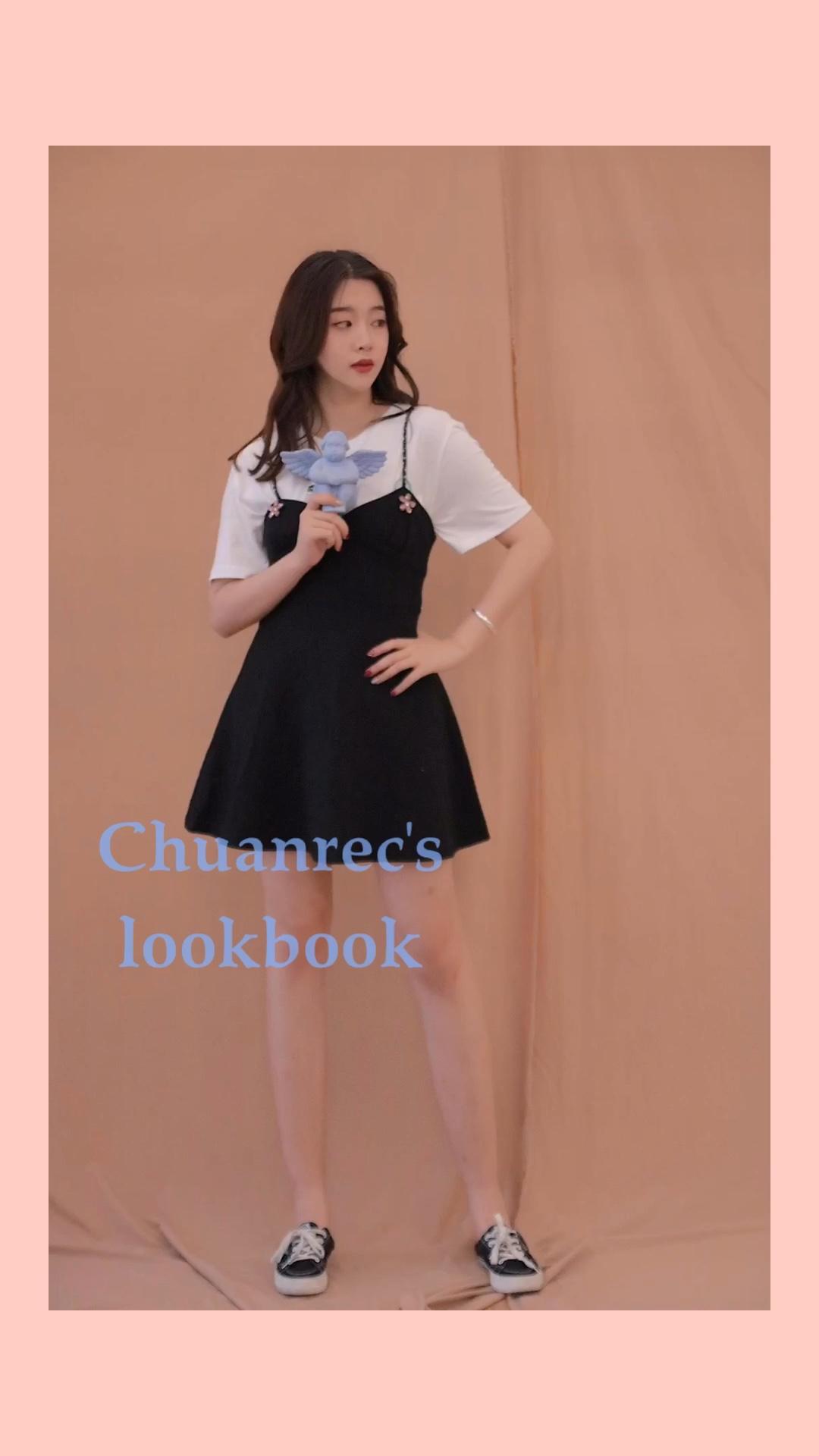 #蘑菇街新品测评# 非常低调高级的小连衣裙,很显身材,超级可爱有气质,微张的裙摆,超级好看!