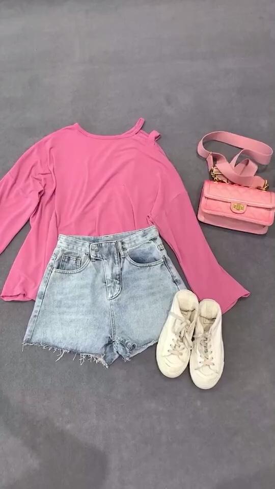 甜美粉色 少女心与性感并存是时候改造一下了 #网红套装:摆脱穿衣纠结症!#