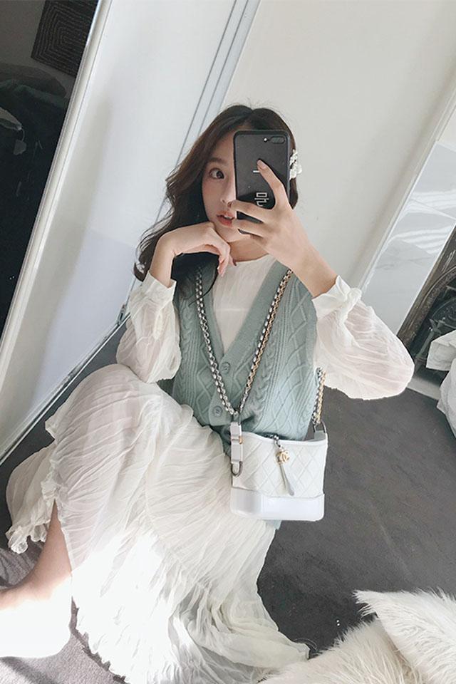 秋季新款韩版复古压褶雪纺气质连衣裙针织毛衣马甲两件套时尚套装