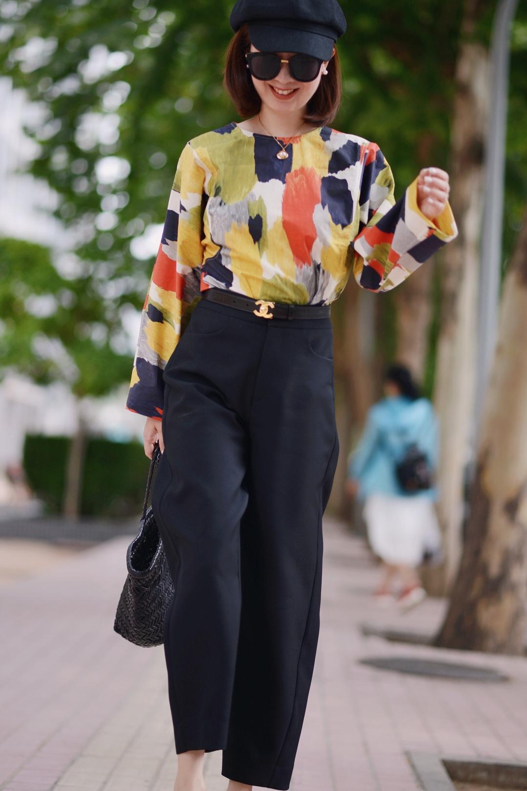 抽象印花长袖罩衫,流行的牛油果色我最爱,约会搭配时髦又俏皮~ #立秋囤秋装,九月你最靓!#