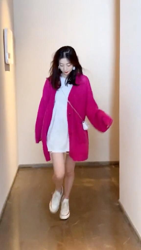 下衣失踪高级穿搭,超显腿长,女生都该尝试一下!#转凉薄外套在手,温暖入秋#