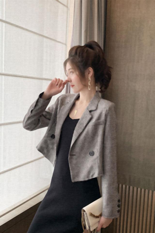 秋季新款时尚英伦风黑白格子小西装外套短款宽松显瘦一粒扣西服女