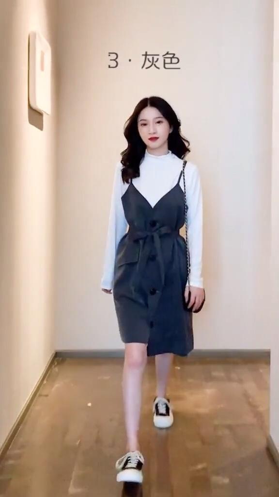 刚军训完的小姐姐记住啦,这些衣服颜色最显白#普通人vs时尚博主穿搭#