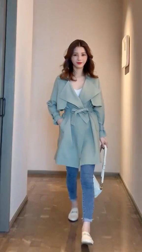 千万不要买第三套,太美了吧!#风衣x裙子才是秋日限定#