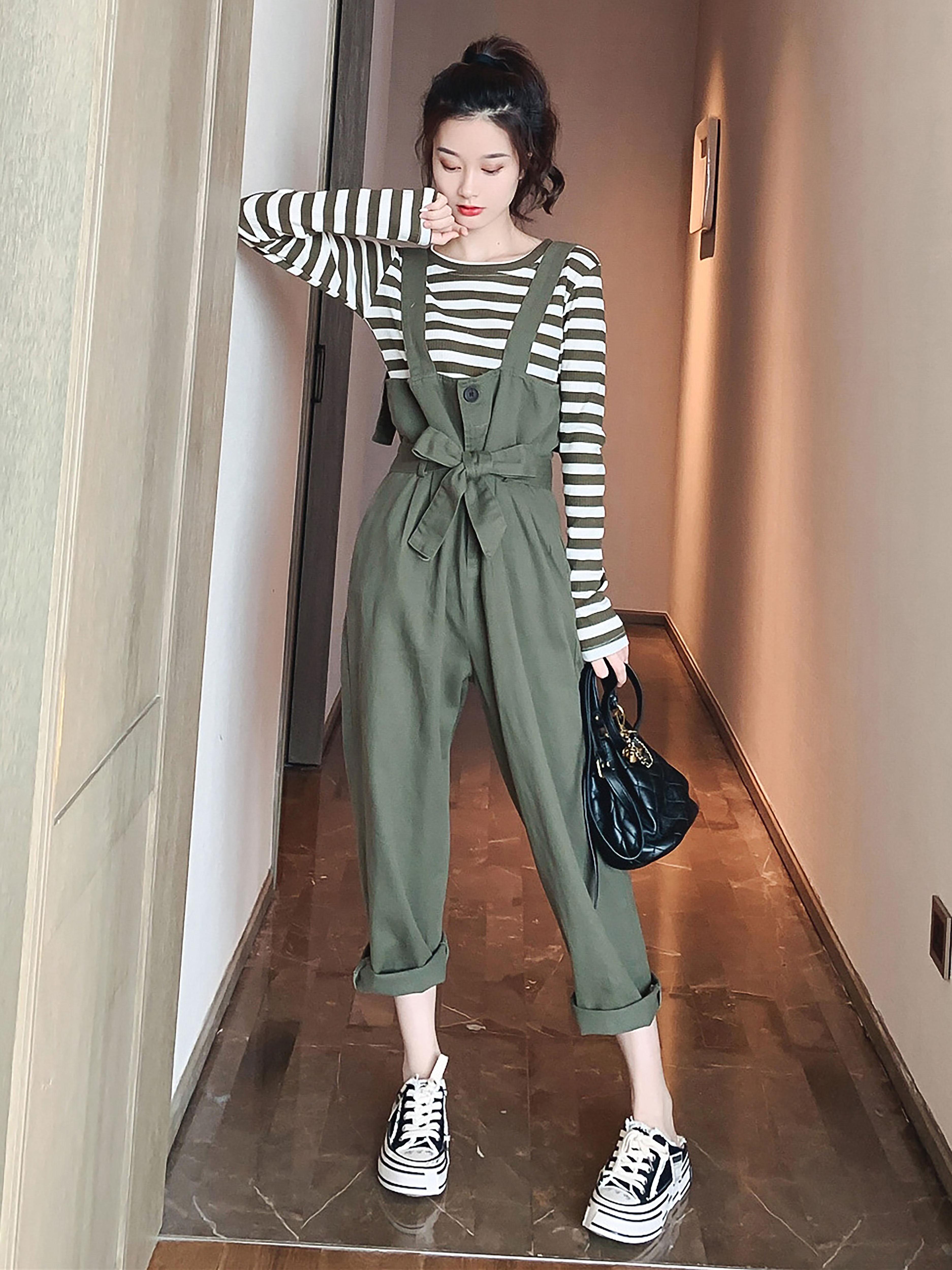 秋季韩版新款收腰显瘦背带裤女休闲裤子配条纹上衣时尚套装两件套