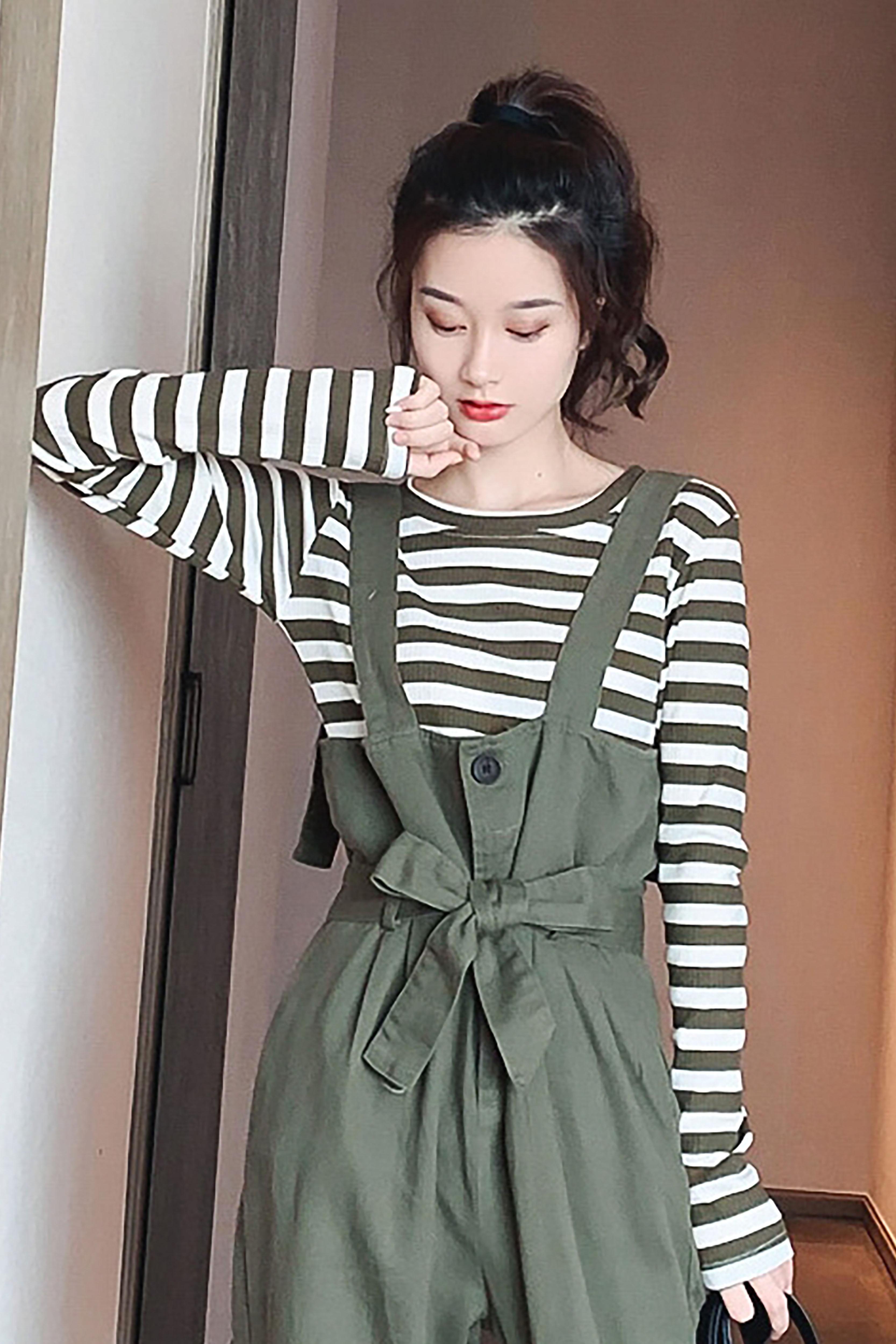 时尚条纹T恤女秋季新款韩版修身显瘦圆领长袖简约百搭打底衫上衣