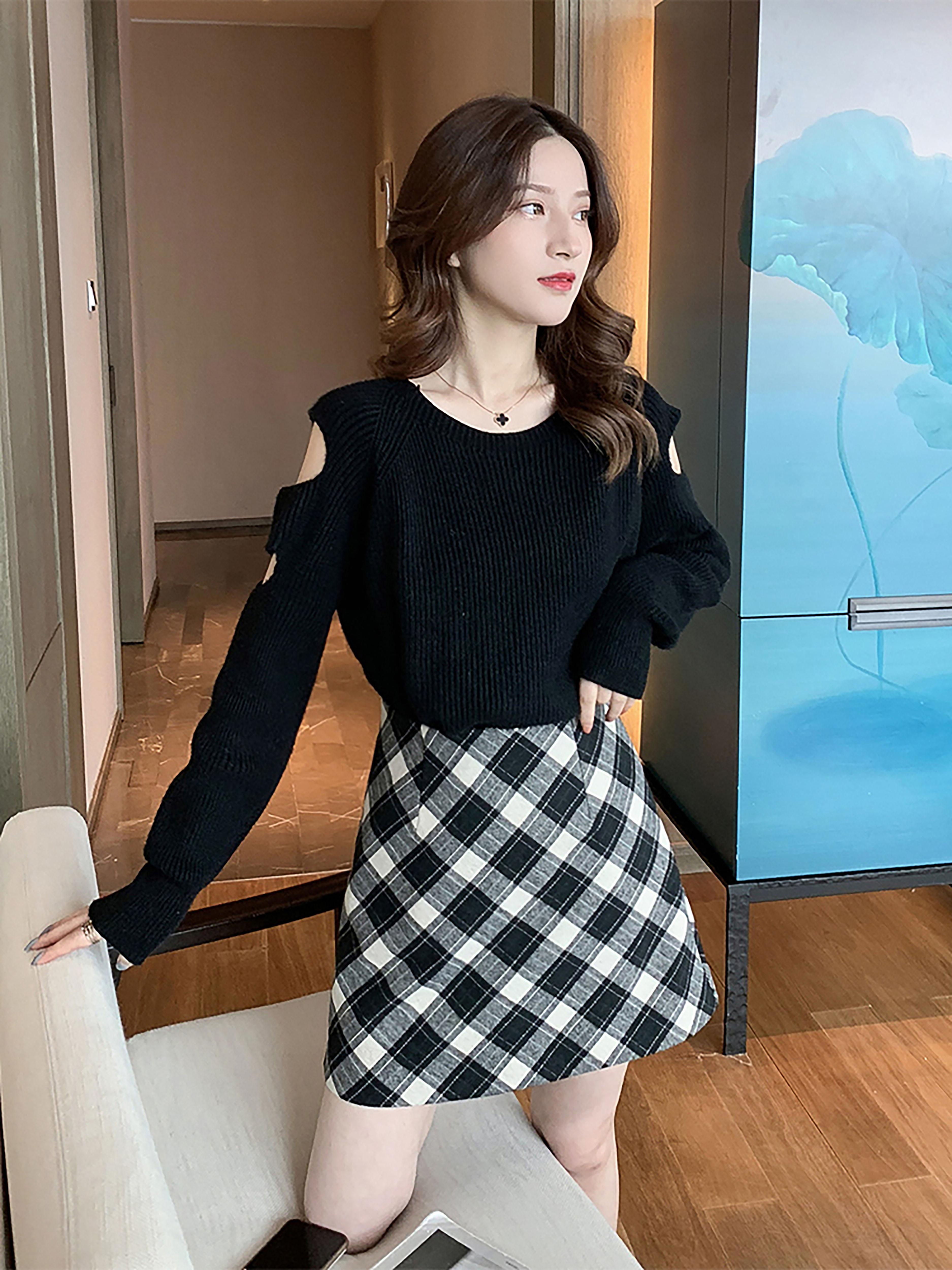 秋冬新款韩版黑色露肩长袖针织衫休闲百搭毛衣女神御姐范性感上衣