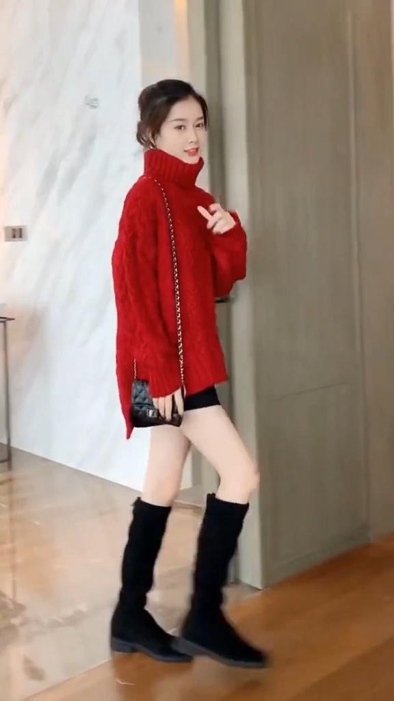 #晒出你颜值最高的毛衣搭配!#很多人都说ZARA牌子衣服简单不好看,现在看看我搭配的好不好看?
